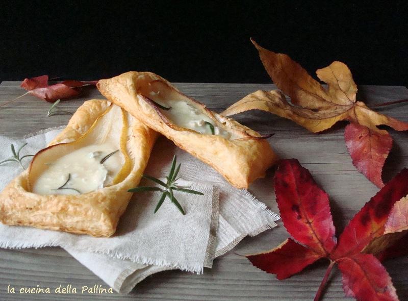 gorgonzola, pere, sfoglia, aperitivo
