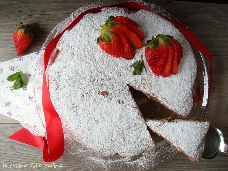 Torta con frullato di fragole: ricetta vegana