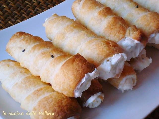 cannoncini, aperitivo, gorgonzola, mascarpone, finger food
