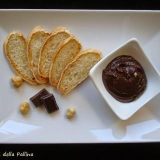 nutella, crema spalmabile, nocciole, cioccolato, merenda bambini,
