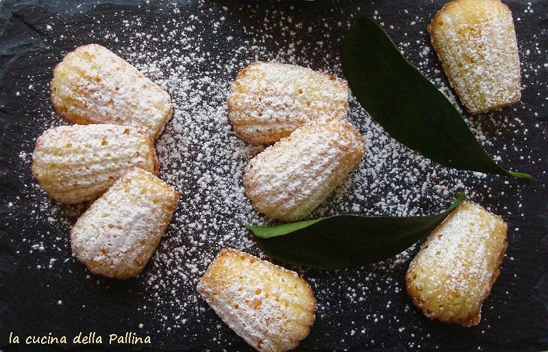 Madeleines ricetta francese di piccoli dolcetti