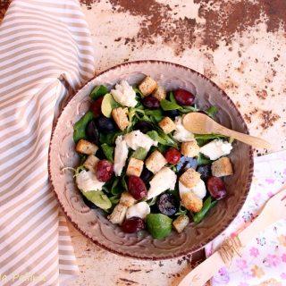 Insalata con uva e gorgonzola