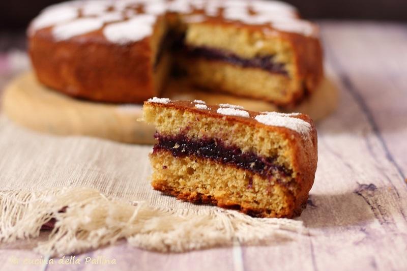 Torta versata integrale con confettura di mirtilli